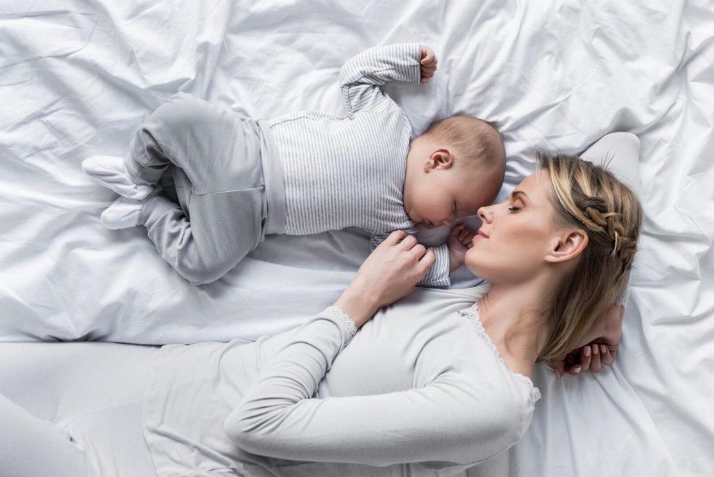Sömn mammor