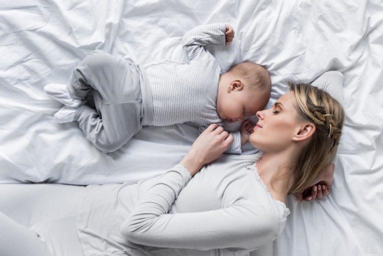 Sömnen under småbarnsåren – tuffast för mammorna